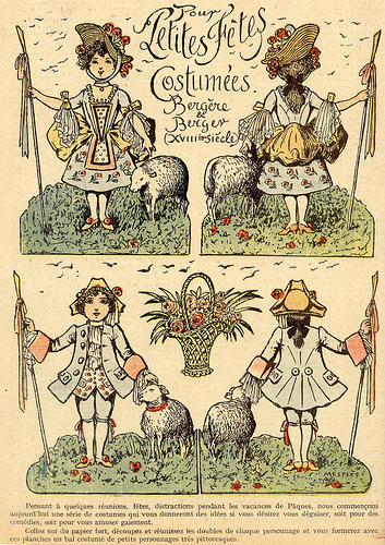 Copy of petit costumees
